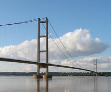 220px-Humber_Bridge2