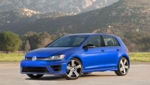 10-10.-Volkswagen-Golf-R