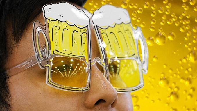 dSnEx0DZ-beergoggles1210