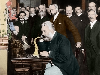 alexander-graham-bell-makes-telephone-call-AB