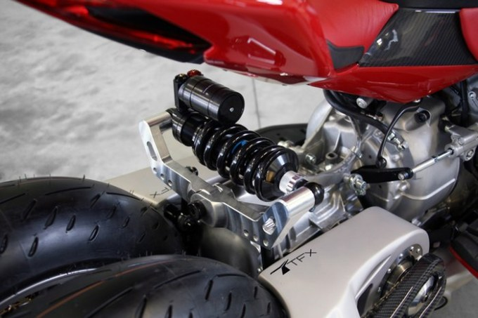 lazareth-lm847-tilting-quad-motorcycle-2