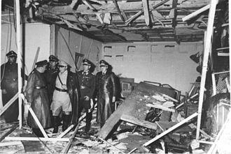 330px-bundesarchiv_bild_146-1972-025-10_hitler-attentat_20-_juli_1944