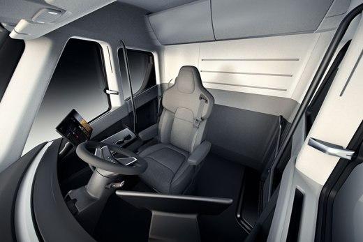 tesla-electric-semi-truck-interior