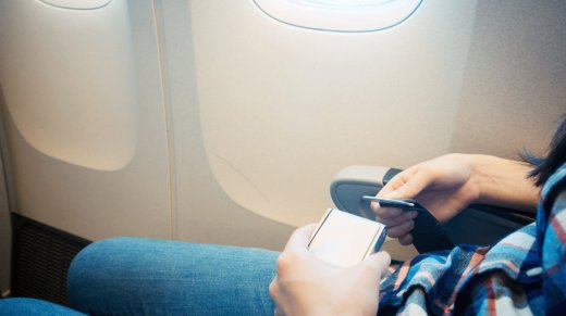 airplane-seatbelts